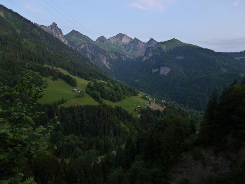 le Charvin depuis le sommet de Paret très t'il (5b)