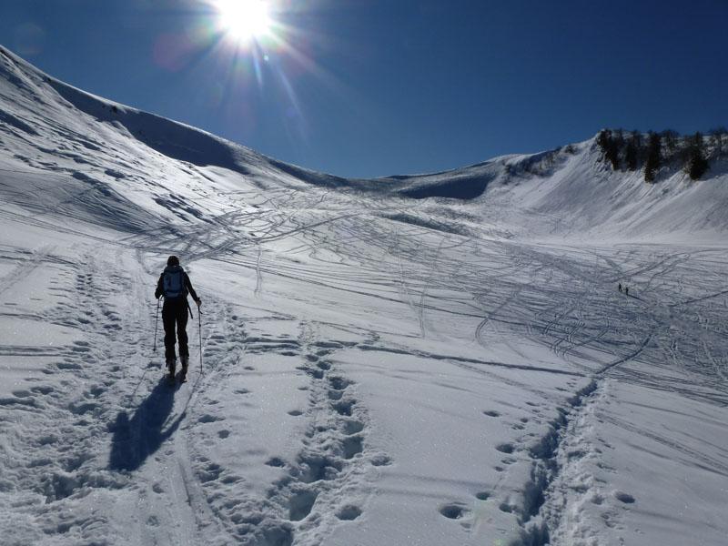 Céline à la montée, en direction du col Sud de Sulens