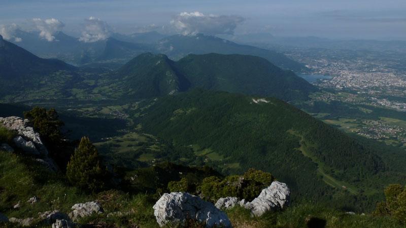 Annecy et son lac depuis le sommet