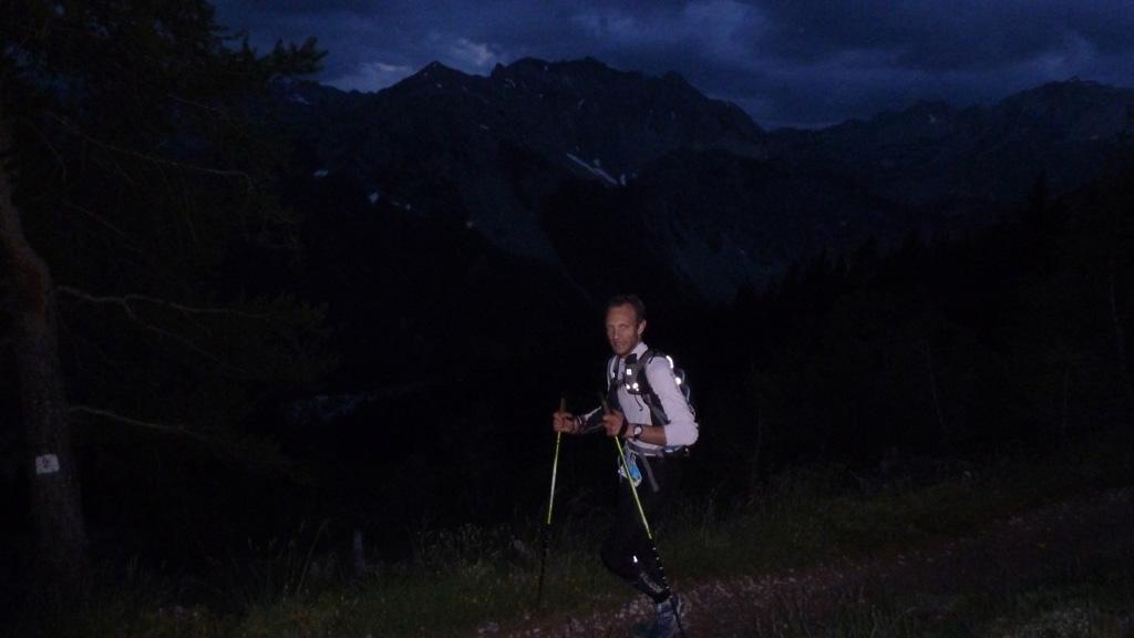Raph dans la montée vers le lac Souliers