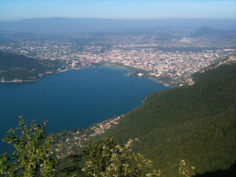 Annecy et son lac depuis le Mont Baron
